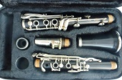 Vito Wooden Bb Clarinet Serial no 883505